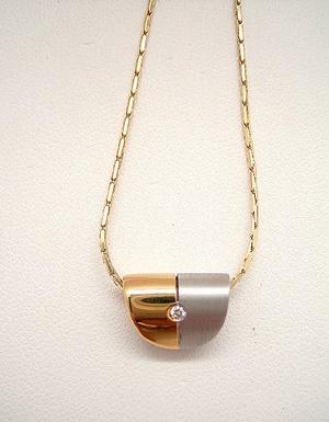 e2b6c333d1a1 Colgante oro 1ª ley bicolor brillante con cadena oro.